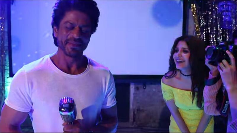 'Jab Harry Met Sejal': SRK, Anushka go crazy in Behind The Scenes video of 'Beech Beech Mein'
