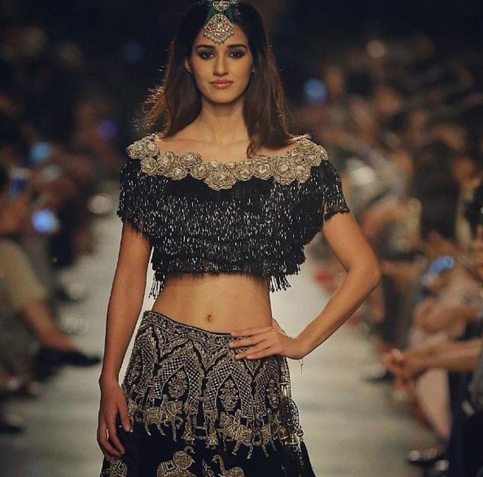 Disha Patani looks radiant in Manav Gangwani's couture at ICW 2017
