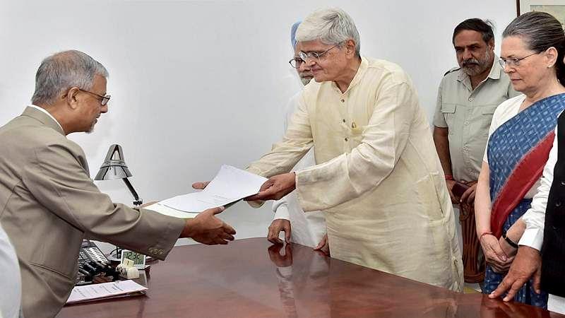 Gopalkrishna Gandhi files nomination for Vice Presidential polls