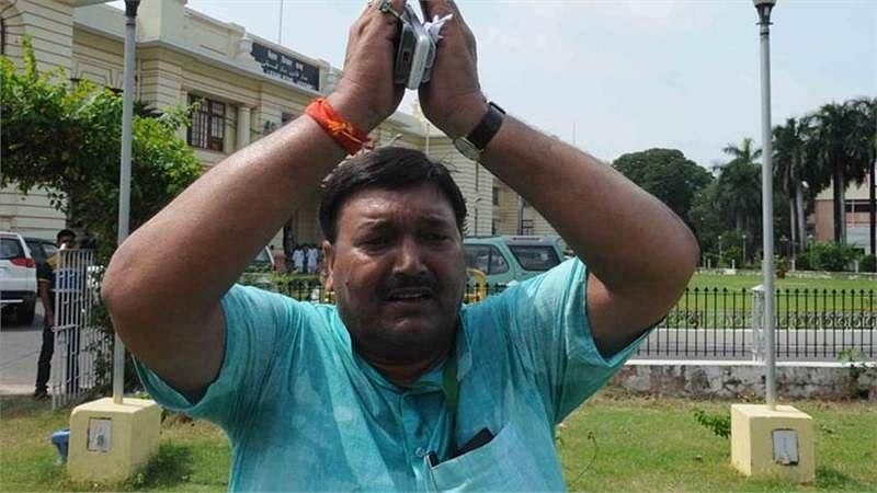 Bihar's Muslim Minister Khurshid Ahmad who chanted 'Jai Shri Ram' says Sorry