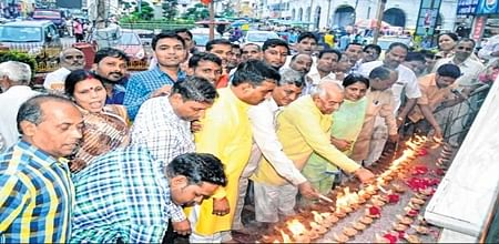 Ujjain: SC wing of BJP celebrates oath taking of President-elect Kovind