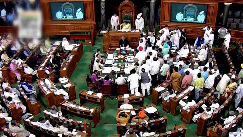 Lok Sabha witnesses din as Opposition demands debate on lynchings