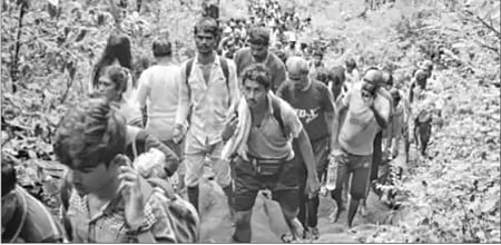 Bhopal: Thousands join Nagdwari Yatra Administration on toes