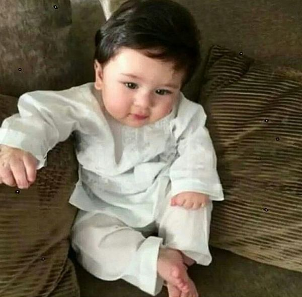 Taimur Ali Khan looks like a Nawab in latest picture. See it here