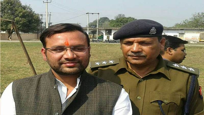 Non-bailable warrant against Amanmani Tripathi