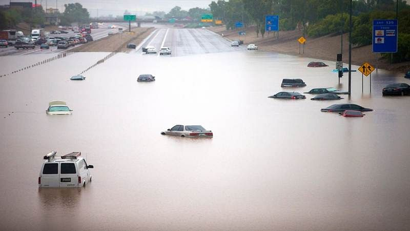 Eight dead, several missing in Arizona flash-flooding