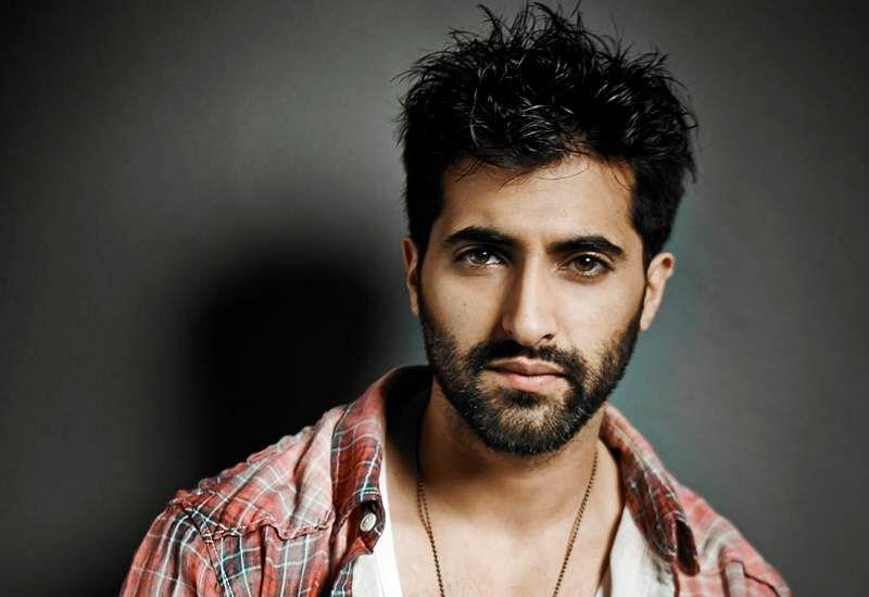 Akshay Oberoi's Bollywood survival mantra