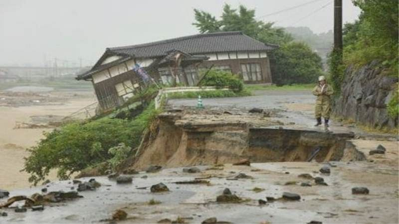 Super typhoon may flood one third of central Tokyo says a survey