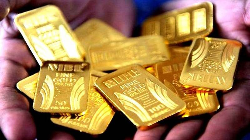 6 held with 6.97 kg smuggled gold in Manipur