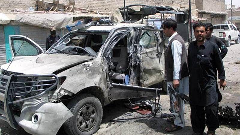 6 policemen killed, 24 injured in blast in Pakistan