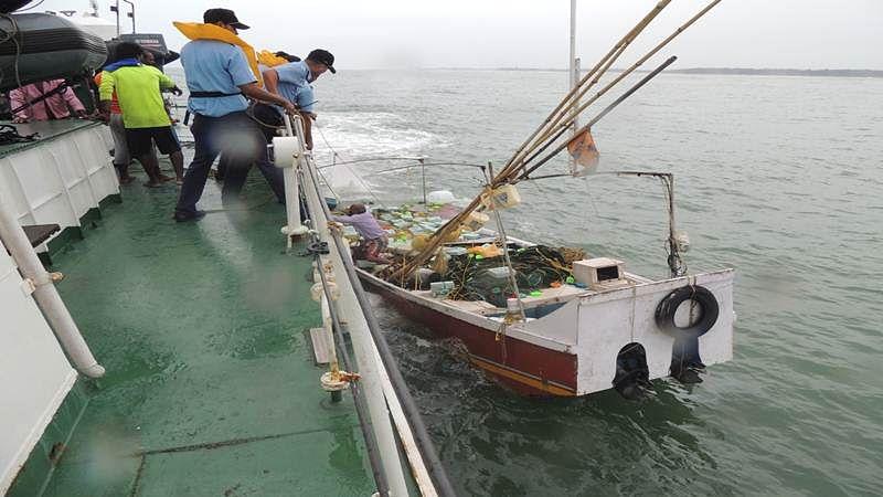 Karnataka: Coast Guard rescues 7 fishermen in Mangalore