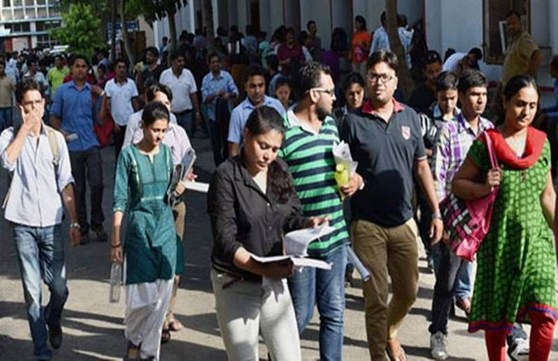 Mumbai students have to wait till midnight for first FYJC merit list