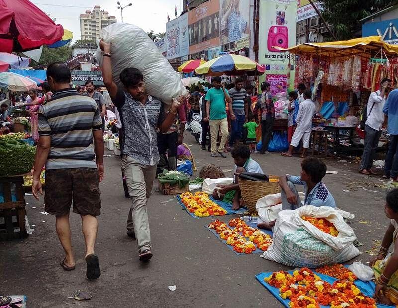Mumbai: Rains impact festival season business