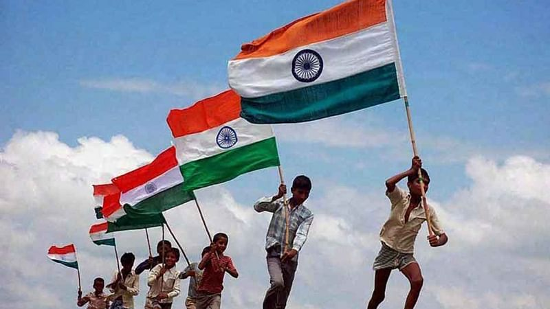 From Shah Rukh Khan to Priyanka Chopra, celebrities wish fans on 71st Independence Day
