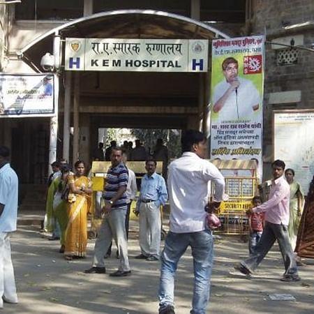 Mumbai: Resident doctors of 4 BMC hospitals threaten hunger strike over arrears