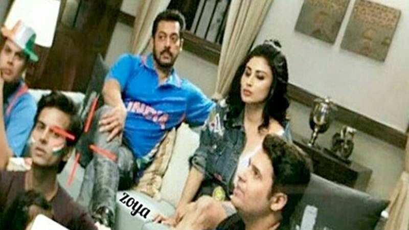 Check Out: Salman Khan and Mouni Roy shoot for Bigg Boss 11 promo