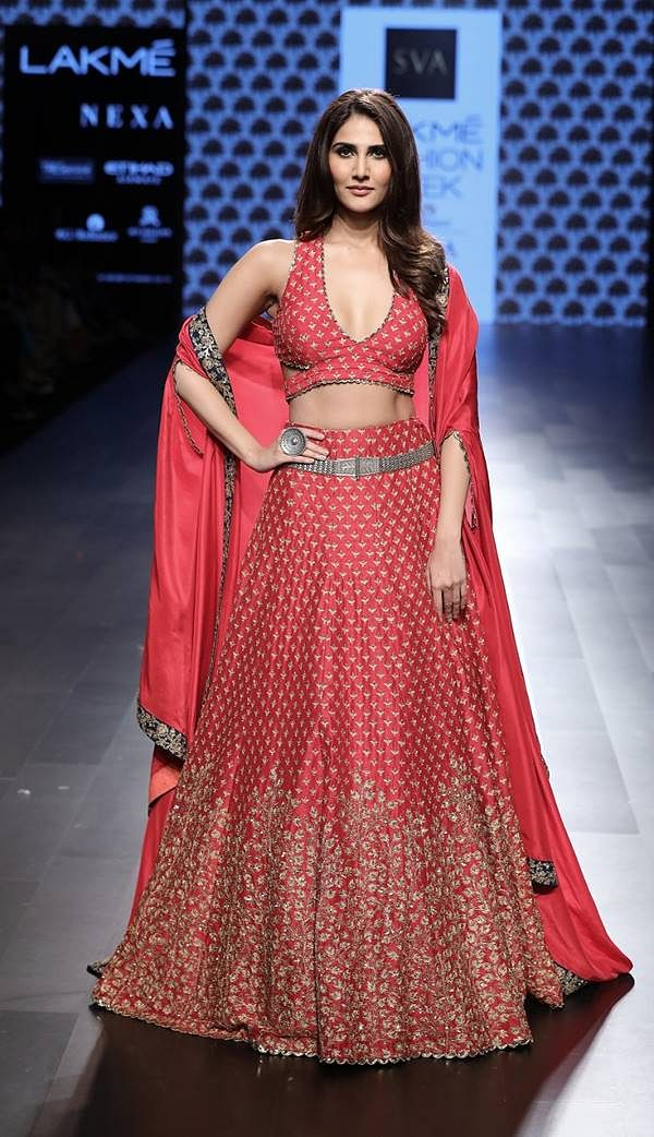 Showstopper Vani Kapoor walks for SVA by Sonam and Paras Modi at Lakme Fashion Week WF 17
