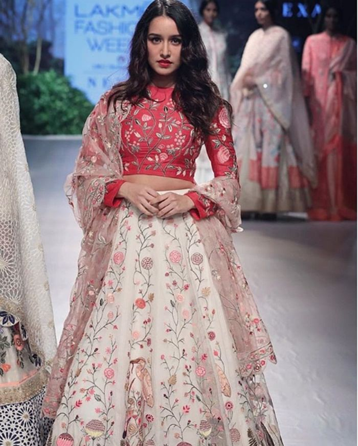 LFW 2017: Rahul Mishra breaks his no showstopper rule with Shraddha at Fashion Week
