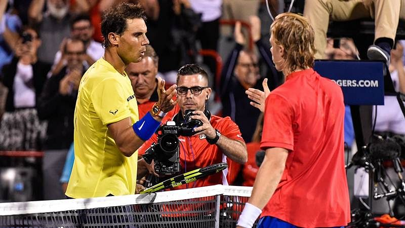 Rafael Nadal goes down at Rogers Cup, Roger Federer advances
