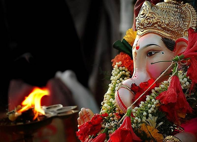 Welcoming Lord Ganesha with the scent of spirituality