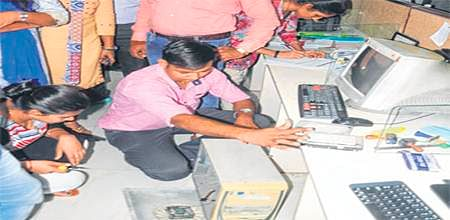 Indore: Woman employee arrested in CDR selling case