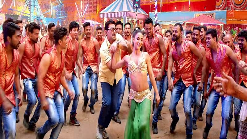 Sunny, Bobby, Shreyas shake a leg with Elli AvrRam on this peppy Punjabi number!