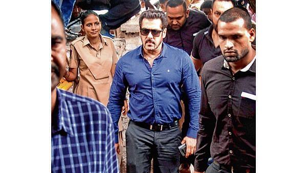 Salman Khan gets death threat on Facebook over blackbuck poaching case