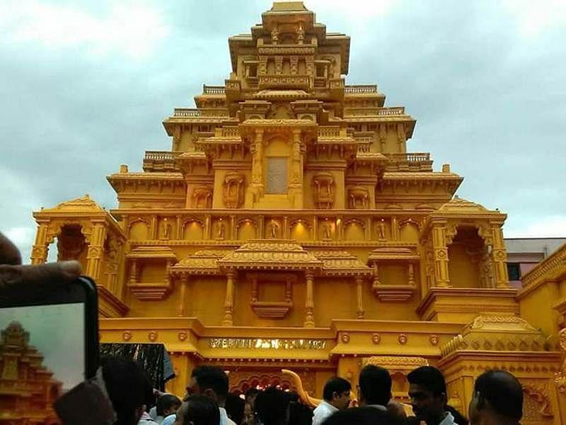 Durga Puja 2017: Kolkata recreates Baahubali's Mahismati Kingdom; check out images