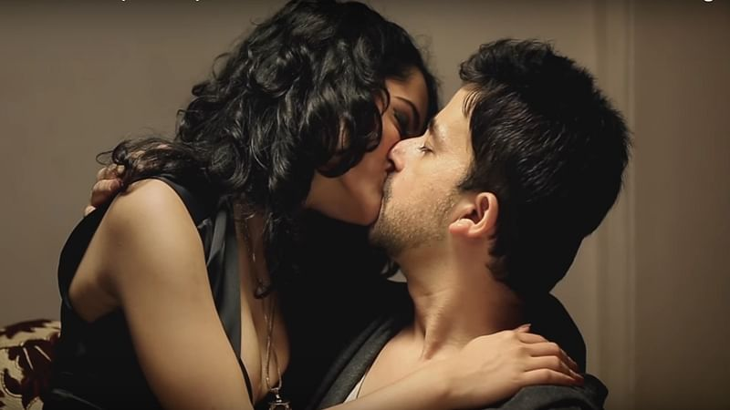 HOT Scoop! When actresses shared passionate romance with their brothers