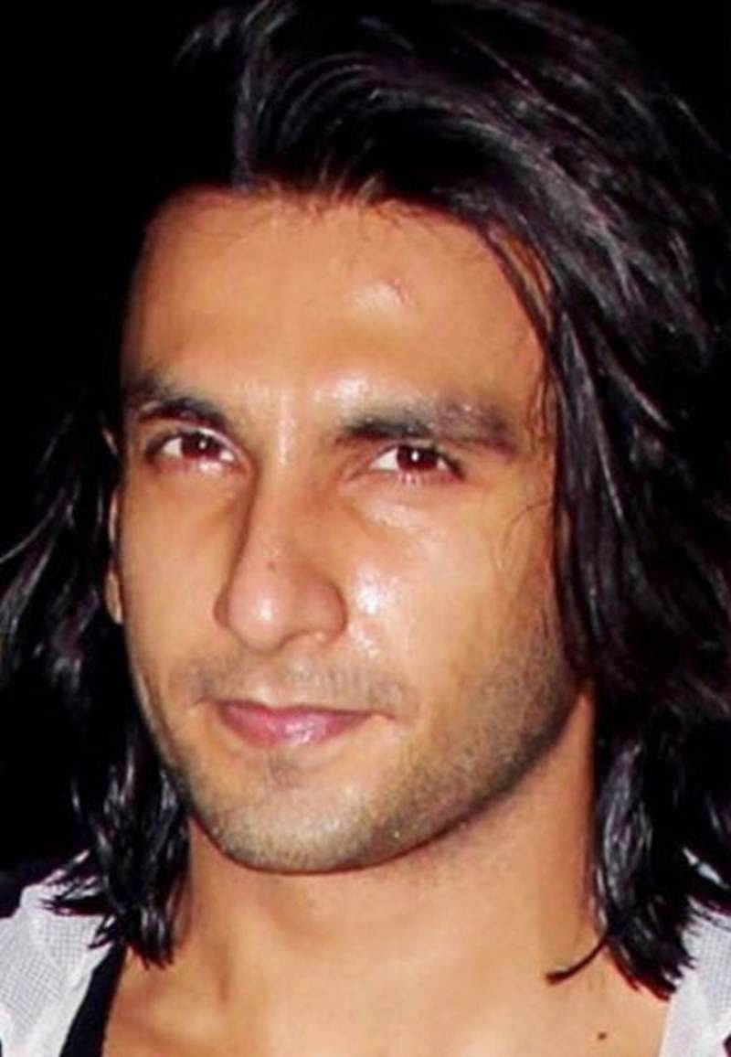In pictures: Ranveer Singh removes his beard, check out his clean shave look