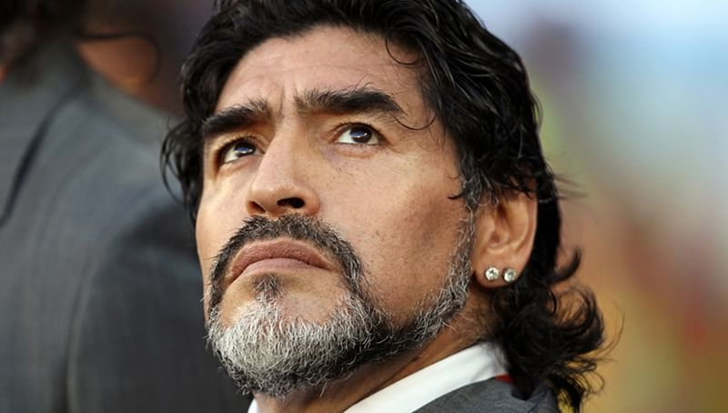 Diego Maradona better footballer than Lionel Messi, says Pele