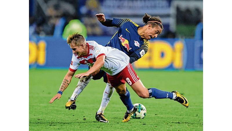 Leipzig down Hamburg 2-0