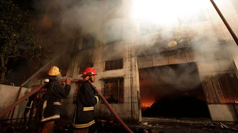 Mumbai: Fire breaks out in commercial building in Kandivali; none hurt