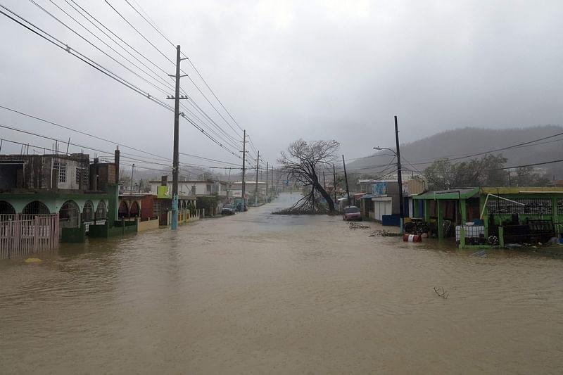 Hurricane Maria knocks out power across Puerto Rico