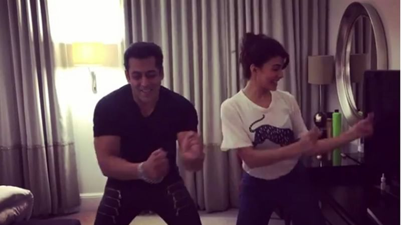 'Judwaa 2': Jacqueline Fernandez recreates iconic `Tan Tana Tan` moment with Salman Khan
