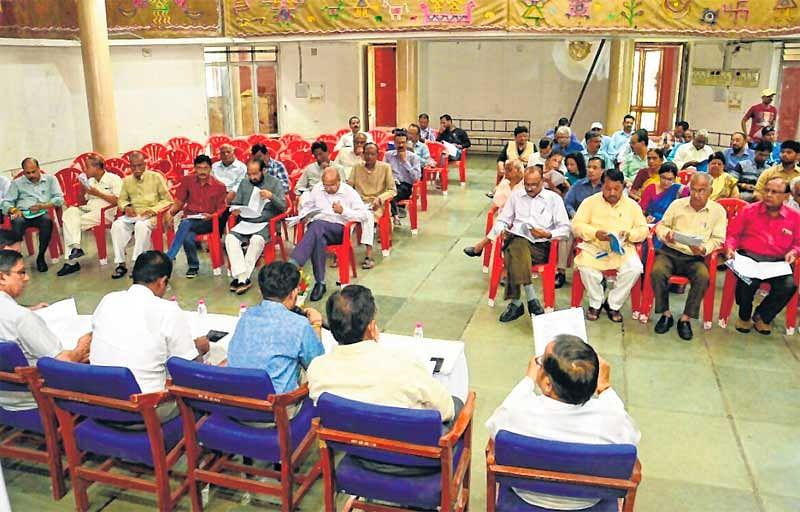 KALIDAS SAMAROH – Preparatory meeting witnesses verbal duel between Govt officers, non-govt members