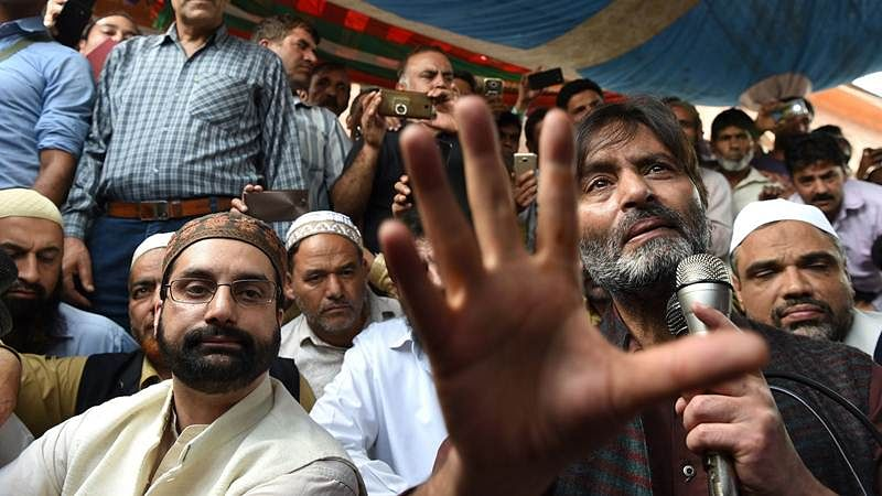 Yasin Malik arrested by NIA, Mirwaiz Umar Farooq put under house arrest