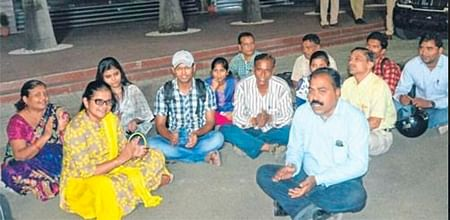 Bhopal: Parents create ruckus at NEET counselling over schedule