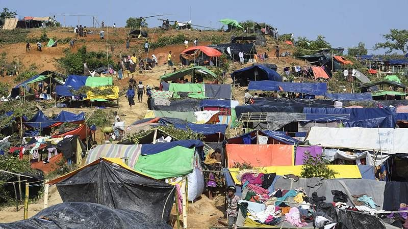 Bangladesh to build 14,000 new shelters for Rohingya refugees