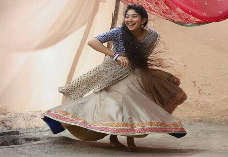 """Sai Pallavi teams up with Dhanush in """"Maari 2′"""
