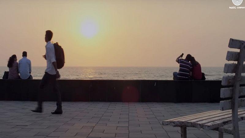 First Song of Barun Sobti's Tu Hai Mera Sunday sung by Arijit Singh – Thodi Si Jagah!