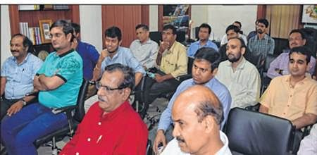 Indore: 'Cardinal attribute of leadership is professional knowledge'