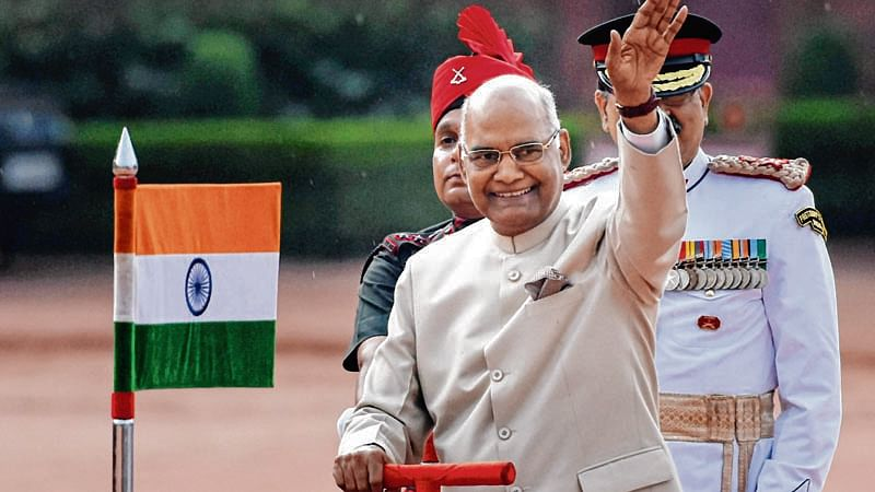 DMK urges Prez Kovind to order floor test in Tamil Nadu Assembly