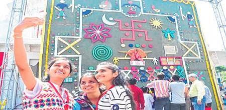 Ujjain: World's biggest 'Sanjha' made to preserve ancient folk art of Malwa