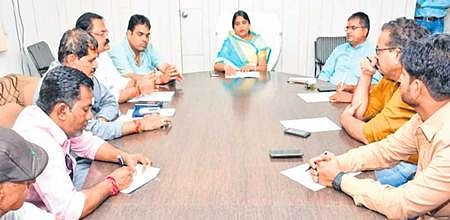 Ujjain: Mayor waxes eloquent on city's cleanliness, fails to spot ideal place