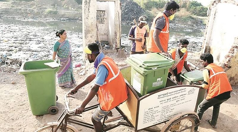 Mumbai: Complaint against 7 waste management contractors