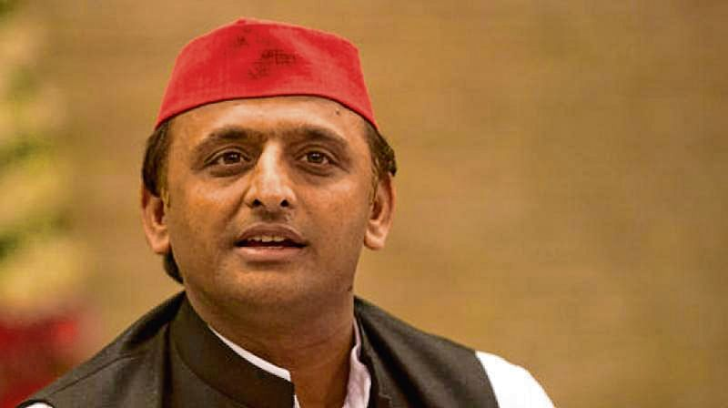 Akhilesh re-elected SP chief for next 5 years, Mulayam missed