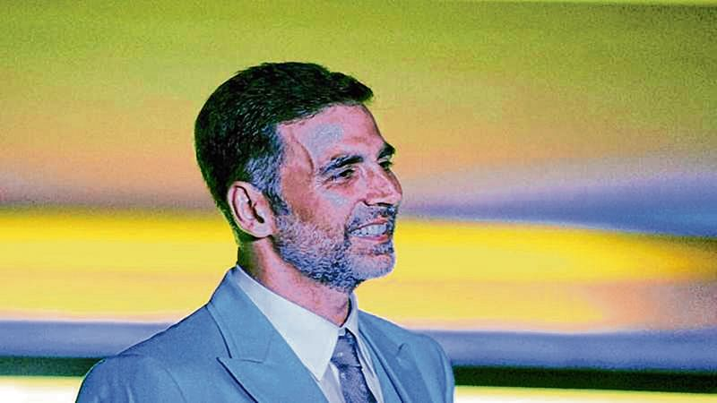 Akshay Kumar, IPS officer sweeten Diwali for 103 families of slain cops and army personnel