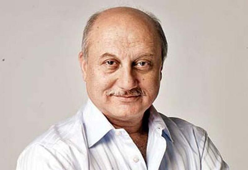 """Anupam Kher says, """"My competition is with Varun Dhawan, Maniesh Paul"""""""