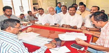 Bhopal: Congress scores over BJP, fields better candidate